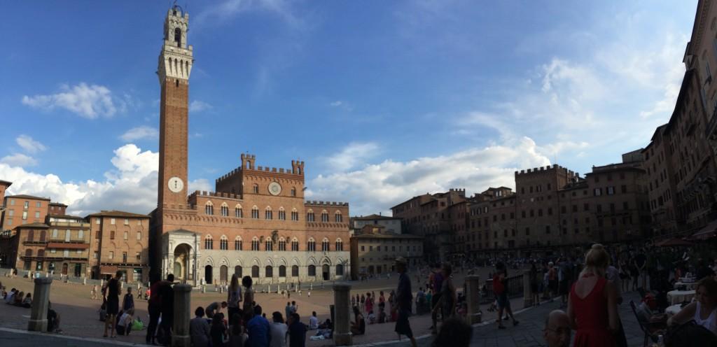 Campo Meydanı (Piazza del Campo)