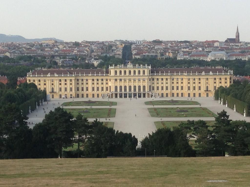 Gloriette'den Schönbrunn Sarayı