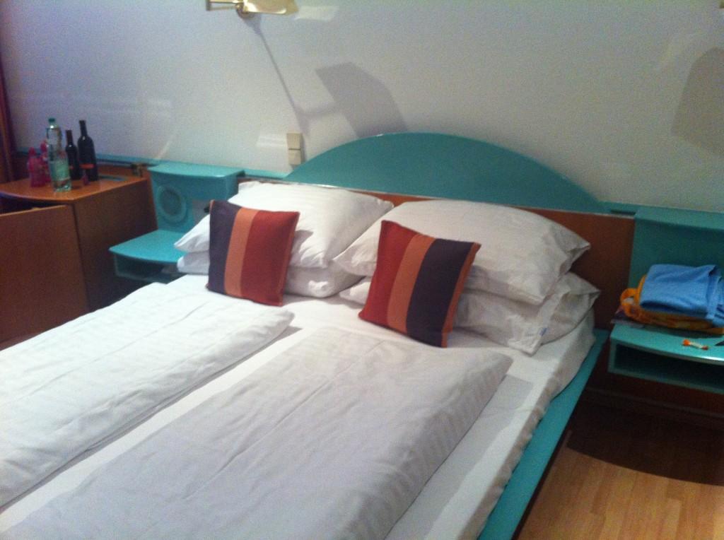 Otel Odamız