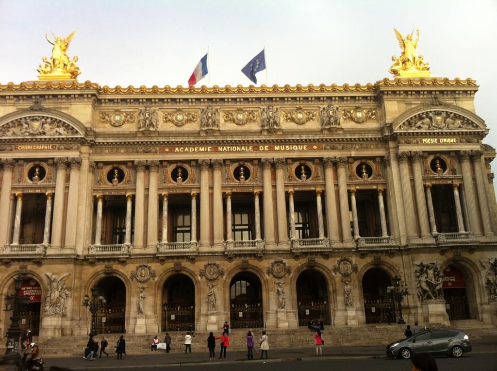 Opera Binası