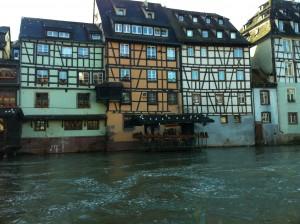 Kanallar-Su içerisinde restaurant