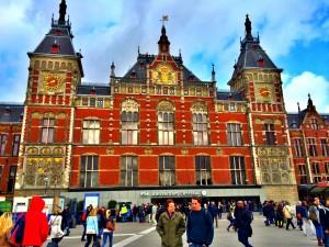 Amsterdam Centraal(Tren İstasyonu)