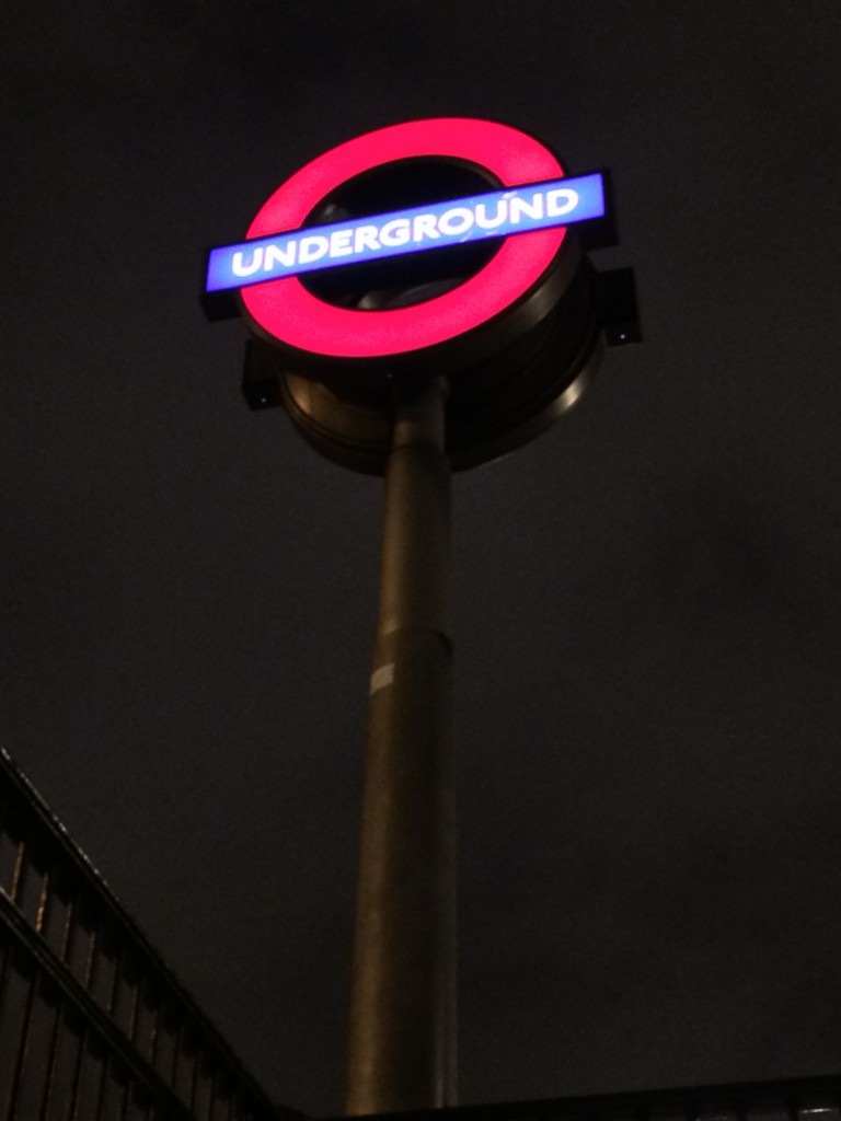Metro İşareti