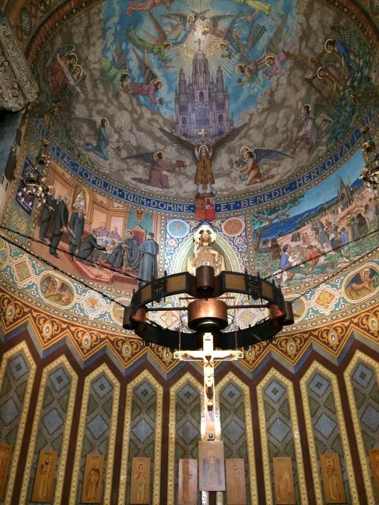 İsa'nın Kutsal Kalbi Kilisesi(Temple Expiatori del Sagrat Cor)