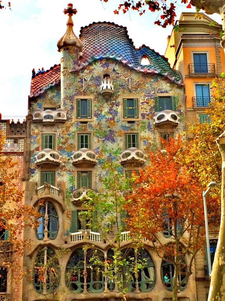 Casa Batlló'nun ön cephesi