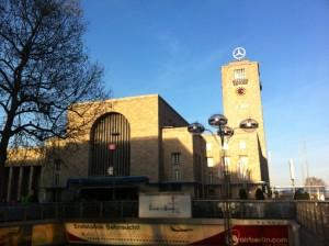 Stuttgart Hauptbahnhof(Tren İstasyonu)