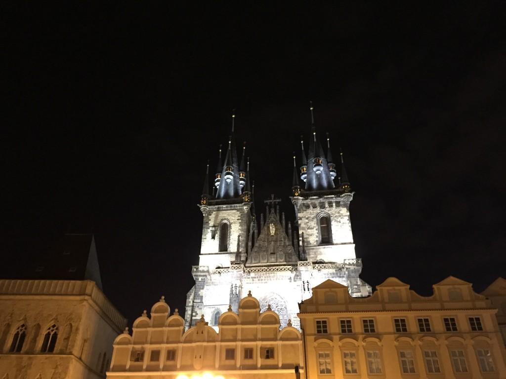 Leydimizin Gotik Kilisesi(Týn'in Kilisesi)