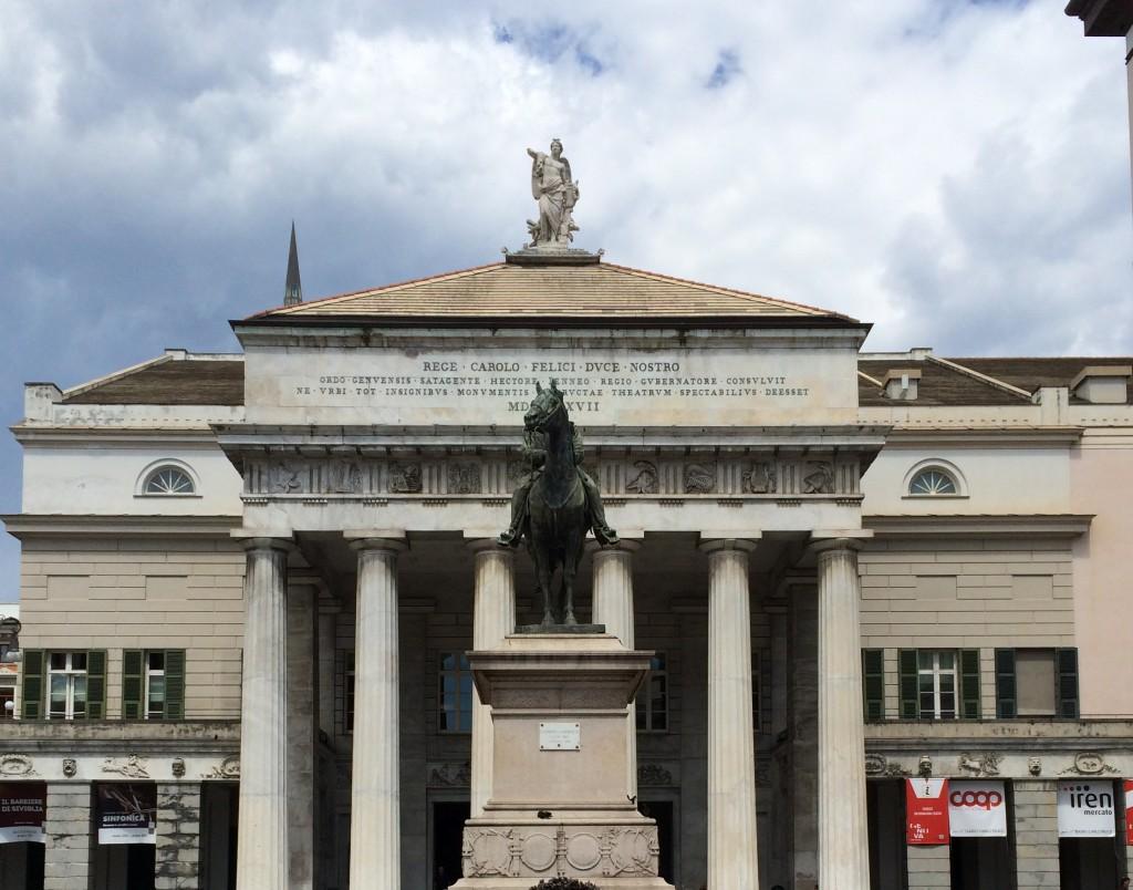 Garibaldi Heykeli (Monumento a Garibaldi)
