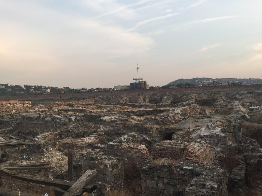 Eski Saray Kalıntıları