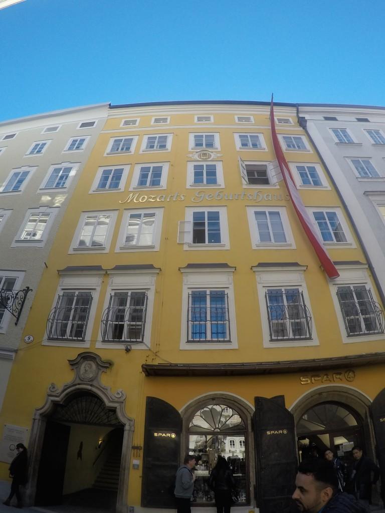 Mozart'ın doğduğu ev(Mozarts Geburtshaus)