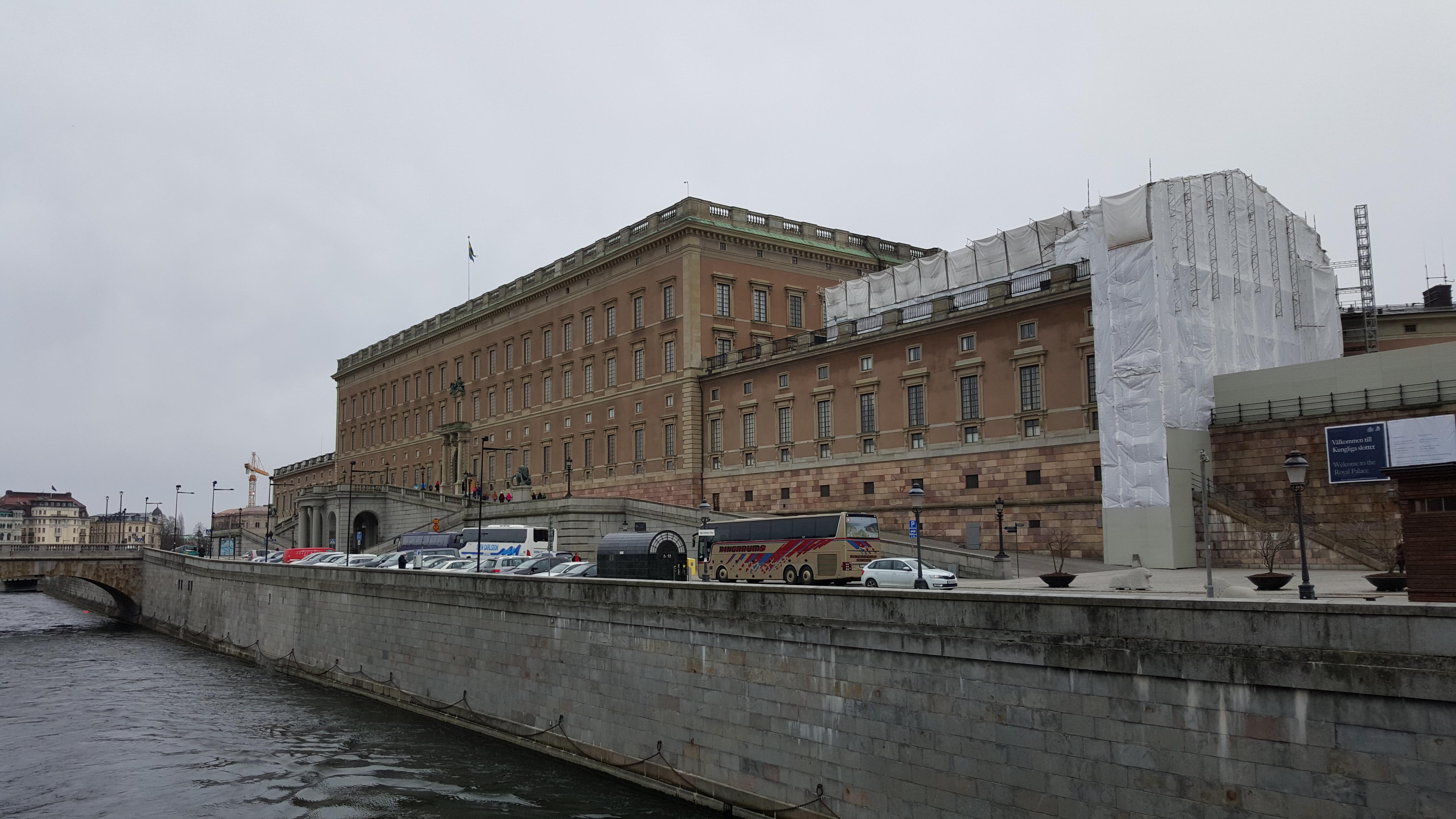 Sarayın Arka Kısmı