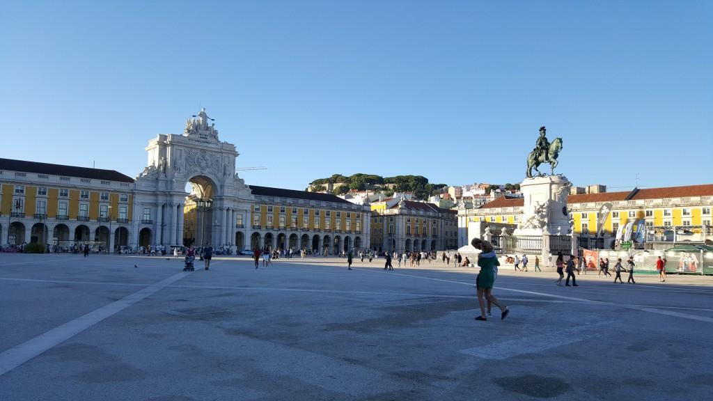 Praça do Comércio (Ticaret Meydanı)