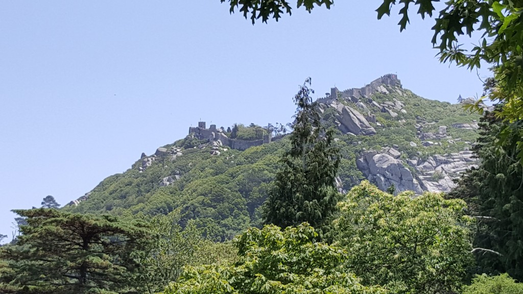 Moor Kalesi (Castelo dos Mouros)