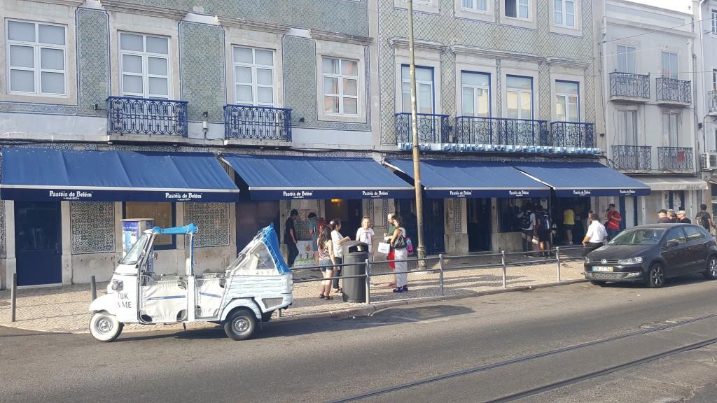 Belém Pastanesi (Pastéis de Belém)