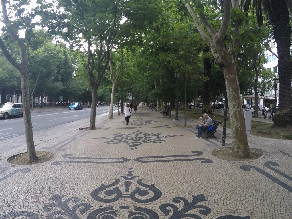 Av. da Liberdade (Özgürlük Caddesi)